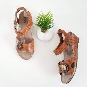 Taos Score Brown Wedge Strap Sandal Open Toe Shoes